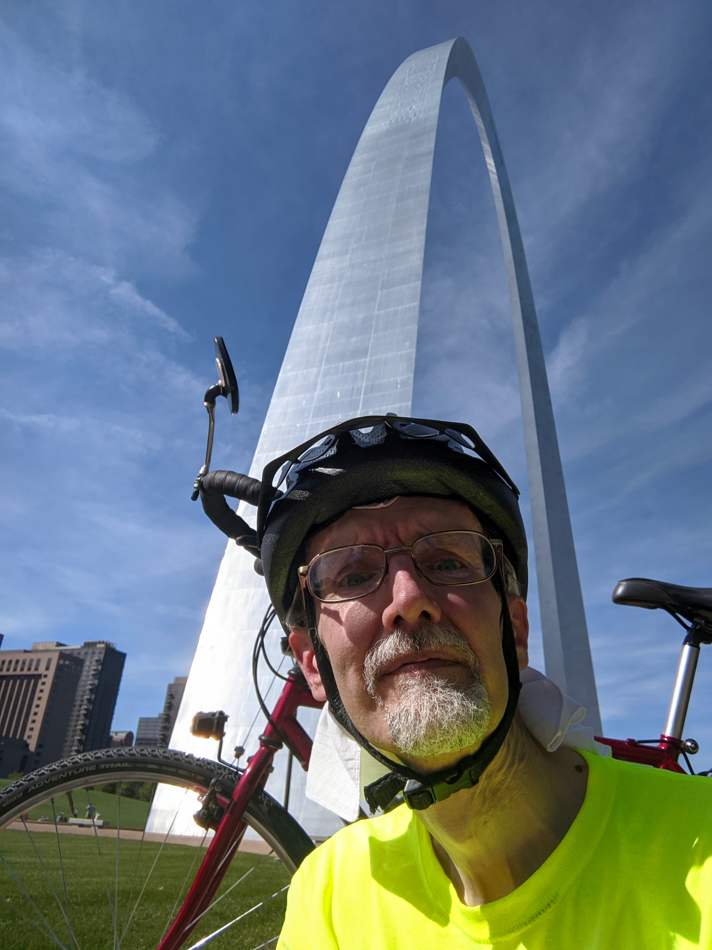 Me My Bike and the Arch.jpg